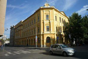 Debreceni Zenede műemlék épületének külső, belső felújítása és energetikai korszerűsítése.